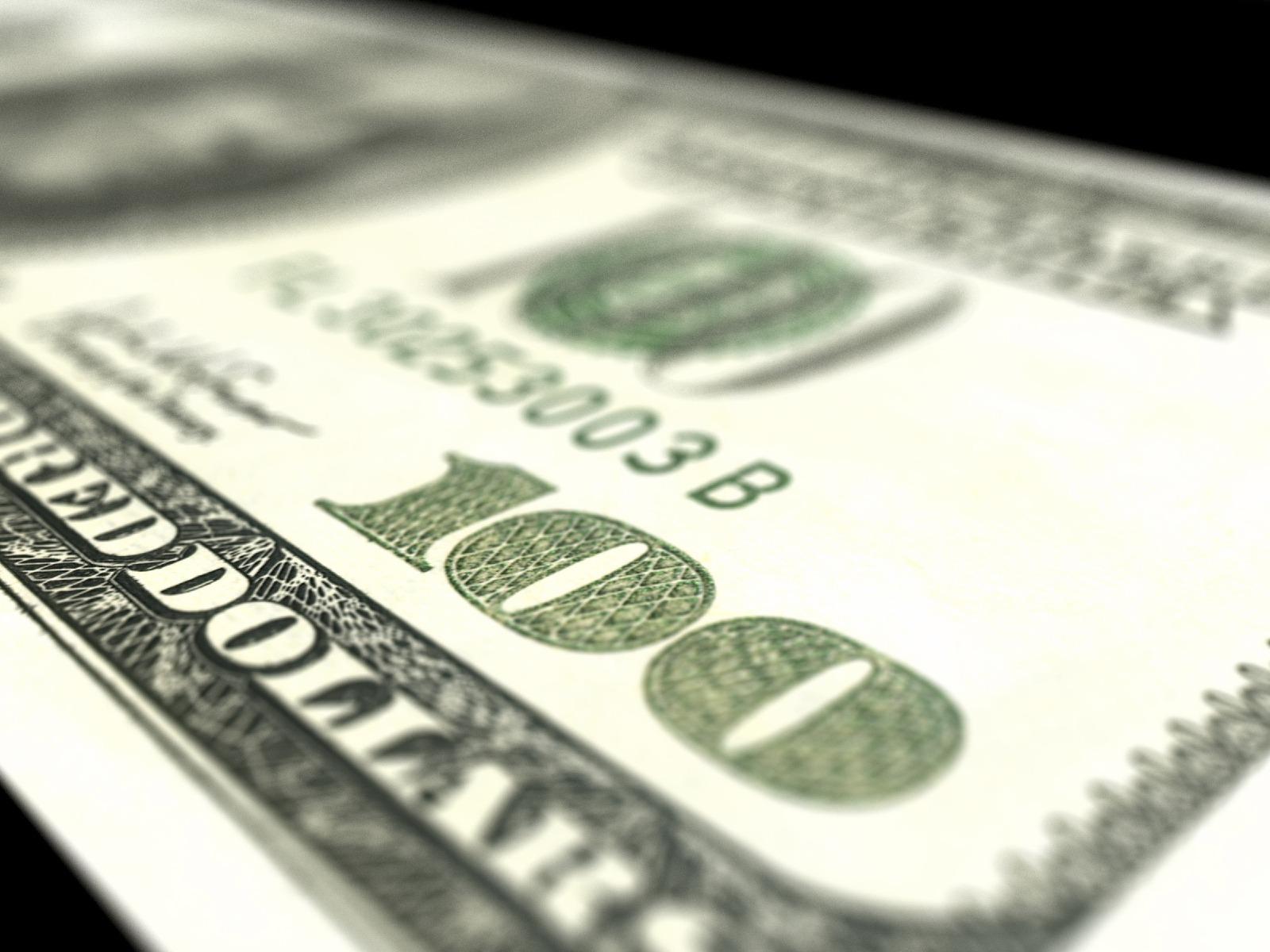 Three Reasons You Might Want Hundred Dollar Bills